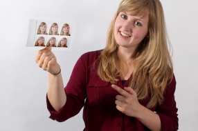 GRATIS Fotosleutelhanger bij uw pasfoto's!