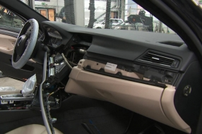 Rondtrekkende bendes roven op bestelling dure auto's leeg: 'BMW absolute nummer één'