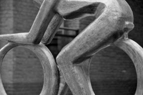Standbeeld Leontien van Moorsel